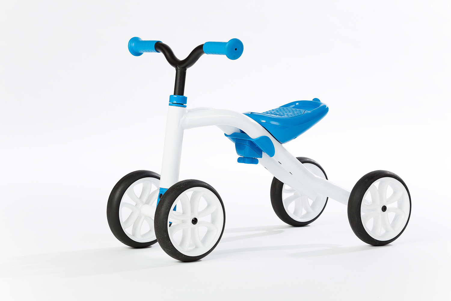 Chillafish Bmxie 2 Bmx Styled Balance Bike With Integrated Footrest Footbrake
